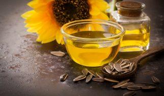 olejek-slonecznikowy-i-olejowanie-wlosow